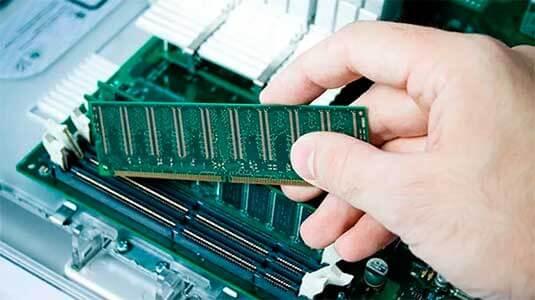 установка оперативной памяти